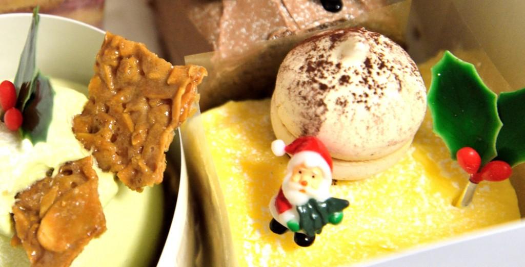 クリスマスケーキのサンタクロース