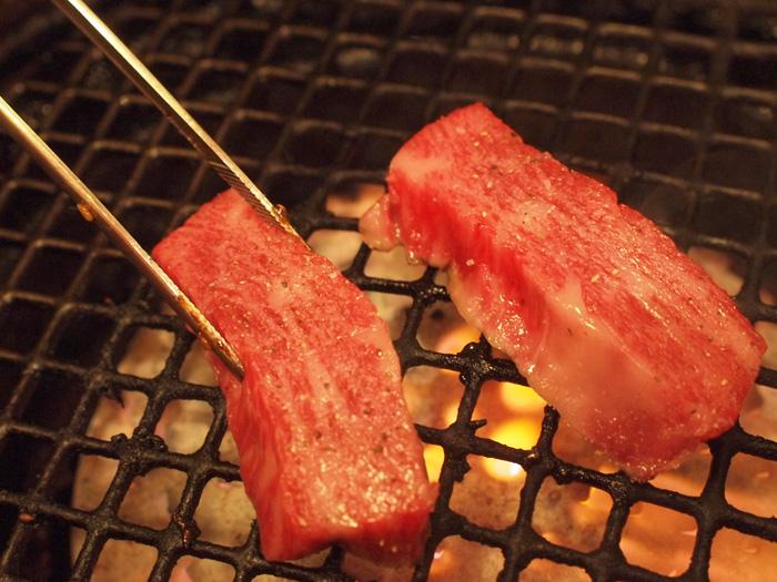 焼肉芝浦 三宿で高級和牛を焼く