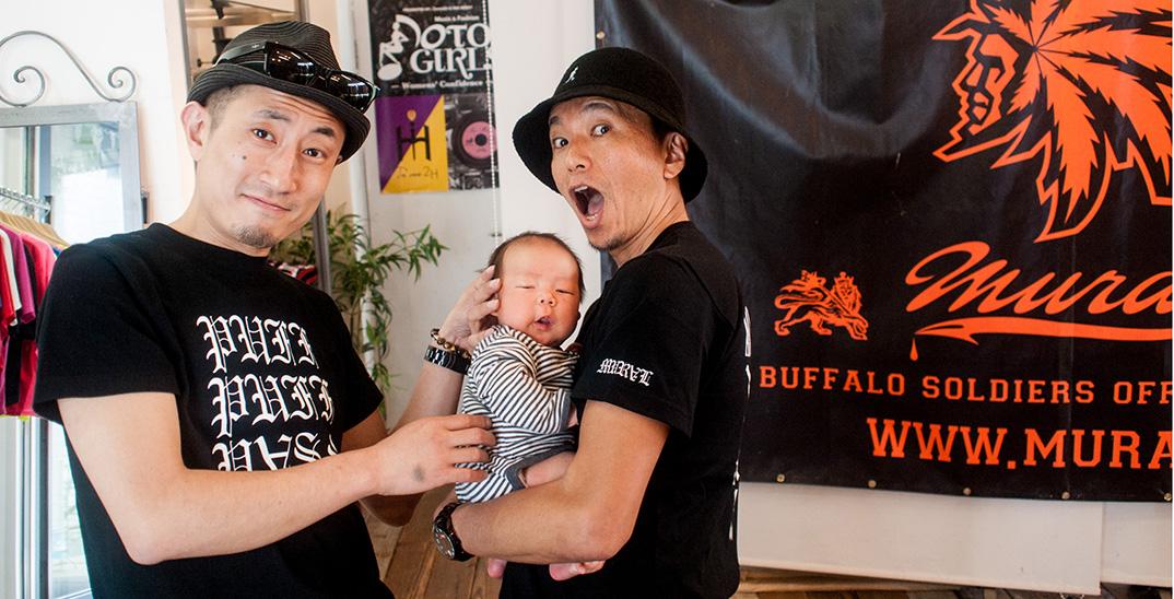 赤ちゃん初渋谷!生後42日目でエルゴベビーの新生児用インサートが取れました。