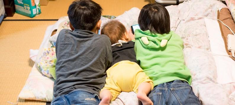 フローリングとベッドに後悔。畳と布団が最高!赤ちゃんとの生活。