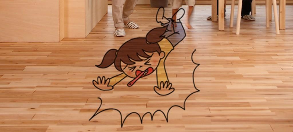 子供の歯みがき、転倒でのどに歯ブラシが刺さる事故多発! 1〜2歳が全体の75%を占める。