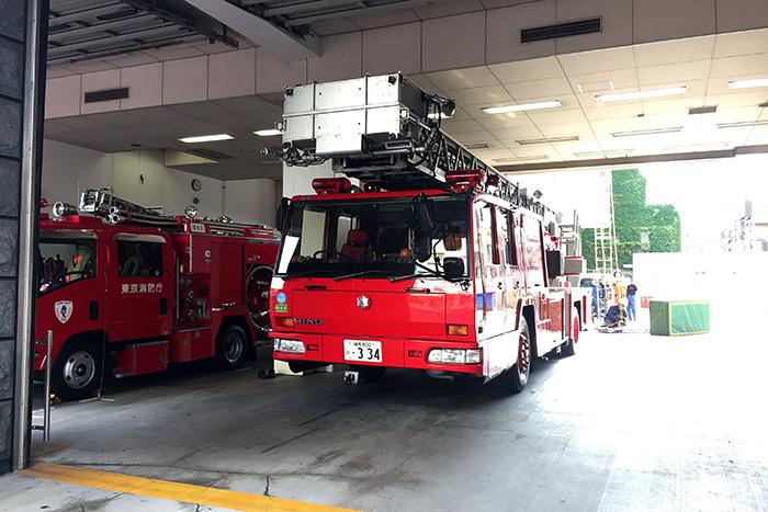 東京消防庁の消防車