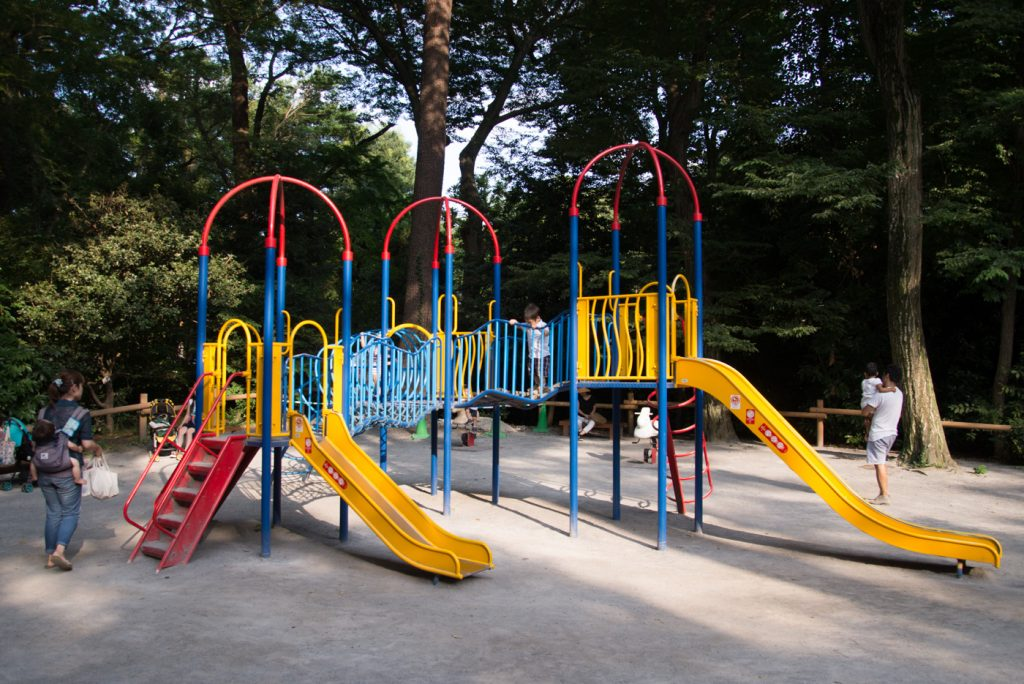 滑り台(井の頭公園の動物園 / 東京・吉祥寺)