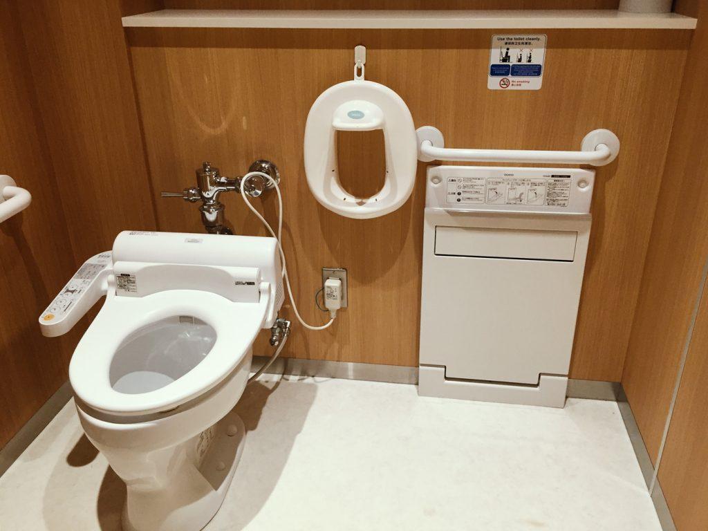 日本デパートにある公衆トイレは清潔、高性能!