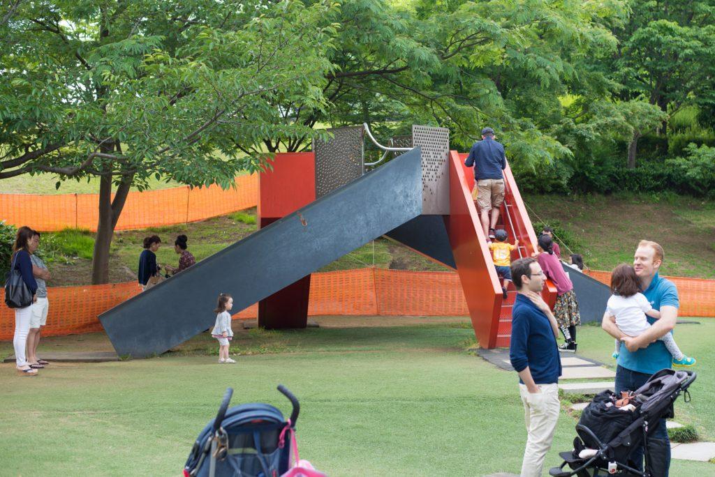 港区立檜町公園の滑り台