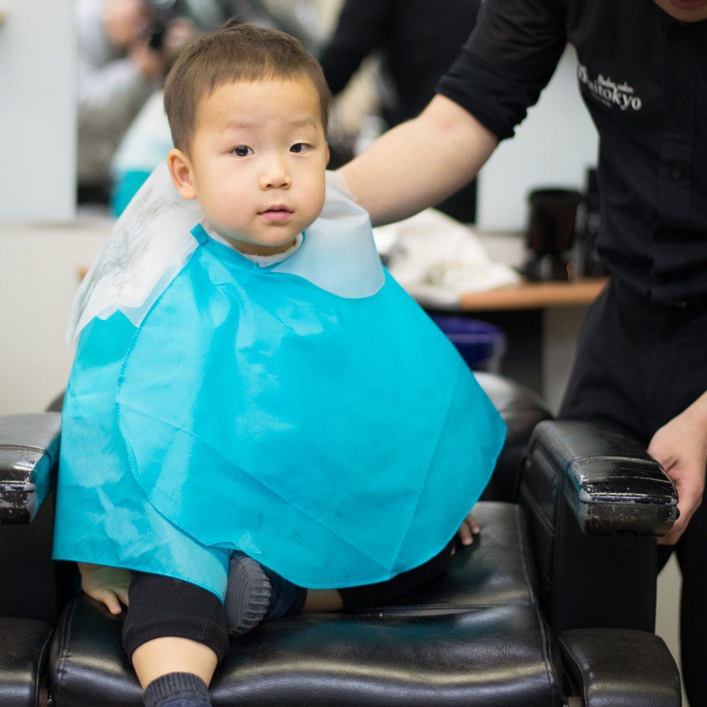 2歳、初めての床屋さん(祐天寺駅前・大東京)