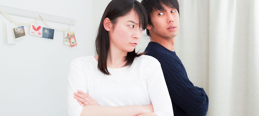 「嫁・主人」は差別用語で、「妻・夫」と呼ぶべきか?