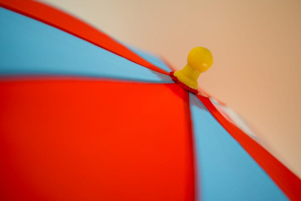 子供用の傘、石突