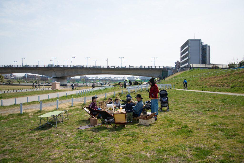 多摩川河川敷バーベキュー