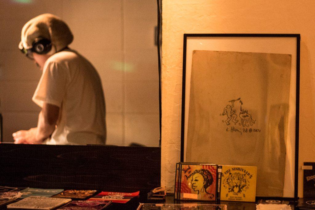 レゲエバー BUDY BYE(目黒区五本木)・キースへリングのオリジナル作品 1988年・TOKYO