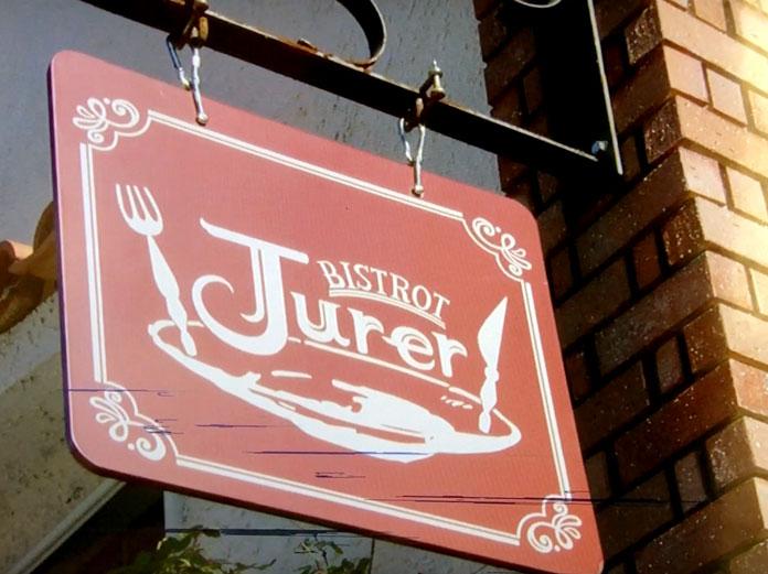 BISTRO Jurer(ビストロジュレ)お店の看板