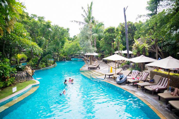 パドマ リゾート レギャン (Padma Resort Legian) ラグーンプール 外観