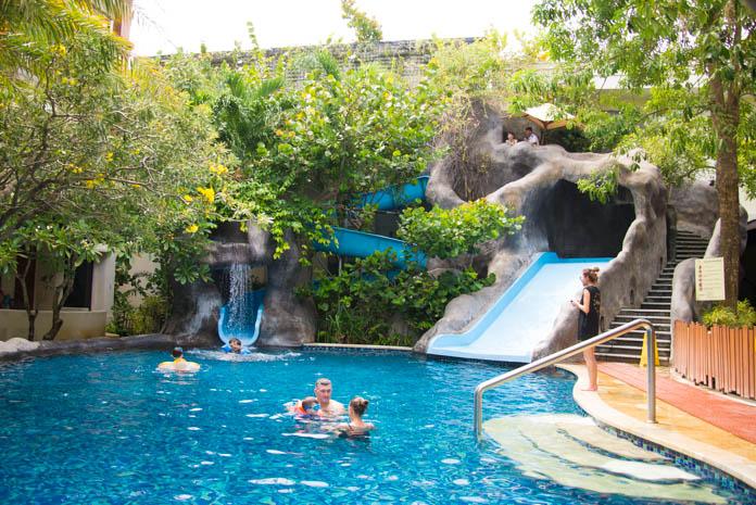 パドマ リゾート レギャン (Padma Resort Legian) ファミリープール 外観