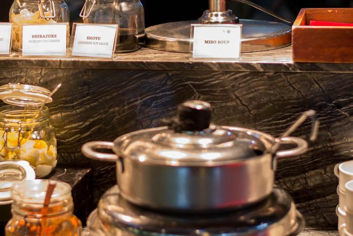 Padma Resort Legian(パドマ リゾート レギャン)の朝食バイキングの味噌汁