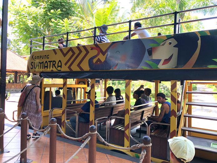 Bali Zoo(バリ動物園)園内バス