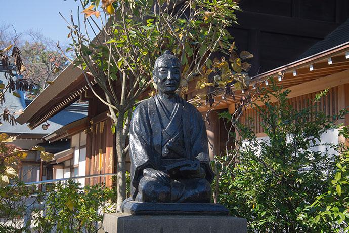 松下村塾にある吉田松陰の銅像