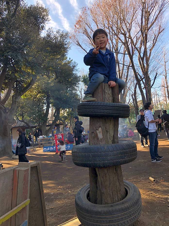 タイヤの塔 羽根木公園プレーパーク