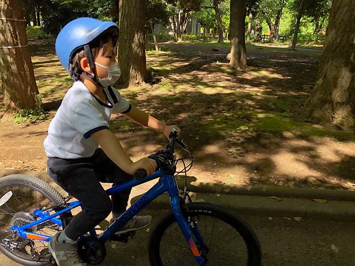 世田谷公園で自転車の練習